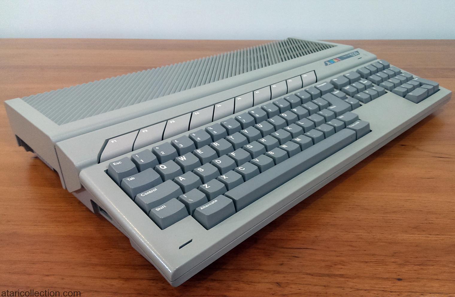 Atari Falcon 030 UK Keyboard - ATARI COLLECTION